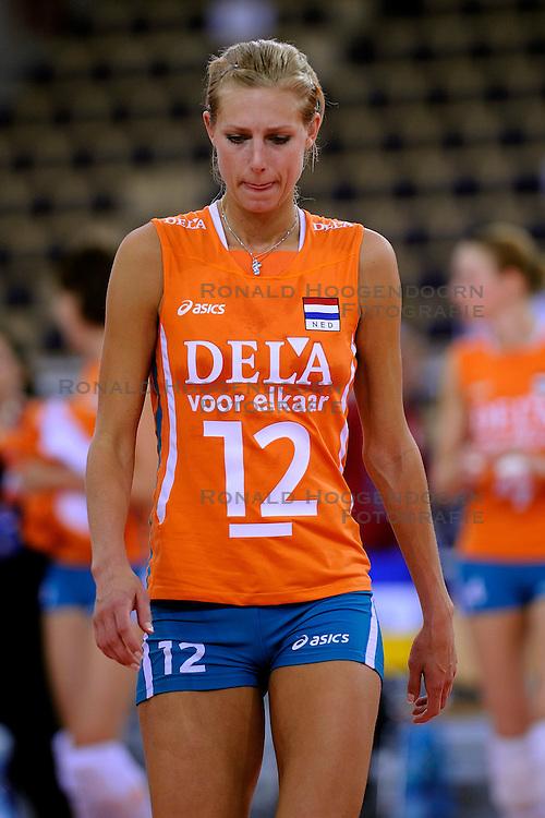 26-09-2009 VOLLEYBAL: EUROPEES KAMPIOENSCHAP SPANJE - NEDERLAND: LODZ<br /> Nederland verslaat ook Spanje met 3-0 / Manon Flier<br /> &copy;2009-WWW.FOTOHOOGENDOORN.NL
