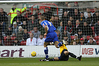 Photo: Pete Lorence.<br />Nottingham Forest v Millwall FC. Coca Cola League 1. 25/11/2006.<br />Ben May sends the ball past Paul Smith to score.