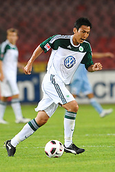 03.08.2010, Stadio San Paolo, Neapel, ITA, Friendly Match, SSC Neapoli vs VFL Wolfsburg, im Bild Makoto HASEBE Wolfsburg.EXPA Pictures © 2010, PhotoCredit: EXPA/ InsideFoto/ Staccioli Insidefoto +++++ ATTENTION - FOR AUSTRIA AND SLOVENIA CLIENT ONLY +++++ / SPORTIDA PHOTO AGENCY