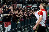 ROTTERDAM - Feyenoord - Ajax , Voetbal , KNVB Beker , Seizoen 2015/2016 , Stadion de Kuip , 25-10-2015 , Speler van Feyenoord Dirk Kuyt (r) viert de 1-0 met de supporters