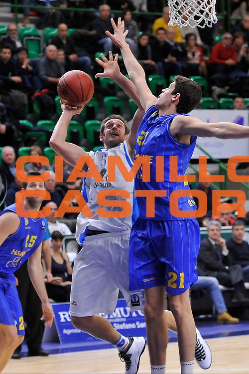 DESCRIZIONE : Eurocup 2014/15 Last 32 Gruppo H Dinamo Banco di Sardegna Sassari - Herbalife Gran Canaria Las Palmas<br /> GIOCATORE : Matteo Formenti<br /> CATEGORIA : Tiro Equilibrio Difesa<br /> SQUADRA : Dinamo Banco di Sardegna Sassari<br /> EVENTO : Eurocup 2014/2015<br /> GARA : Dinamo Banco di Sardegna Sassari - Herbalife Gran Canaria Las Palmas<br /> DATA : 07/01/2015<br /> SPORT : Pallacanestro <br /> AUTORE : Agenzia Ciamillo-Castoria / Luigi Canu<br /> Galleria : Eurocup 2014/2015<br /> Fotonotizia : Eurocup 2014/15 Last 32 Gruppo H Dinamo Banco di Sardegna Sassari - Herbalife Gran Canaria Las Palmas<br /> Predefinita :