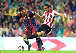 25.09.2010, San Mames, Bilbao, ESP, Primera Division, Athletic Bilbao vs FC Barcelona, im Bild Atletic de Bilbao's Carlos Gurpegui (r) and FC Barcelona's David Villa during La Liga match. EXPA Pictures © 2010, PhotoCredit: EXPA/ Alterphotos/ Acero +++++ ATTENTION - OUT OF SPAIN / ESP +++++