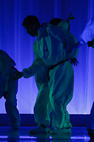 ART: 2017<br /> Can't Hold Us<br /> Choreographie: Giovi Minasi<br /> HH Do 19 AL<br /> Students and Instructors of Atelier Rainbow Tanzkunst (http://www.art-kunst.ch/) rehearse on the stage of the Schinzenhof for a series of performances in June, 2017.<br /> <br /> Schinzenhof, Alte Landstrasse 24 8810 Horgen Switzerland