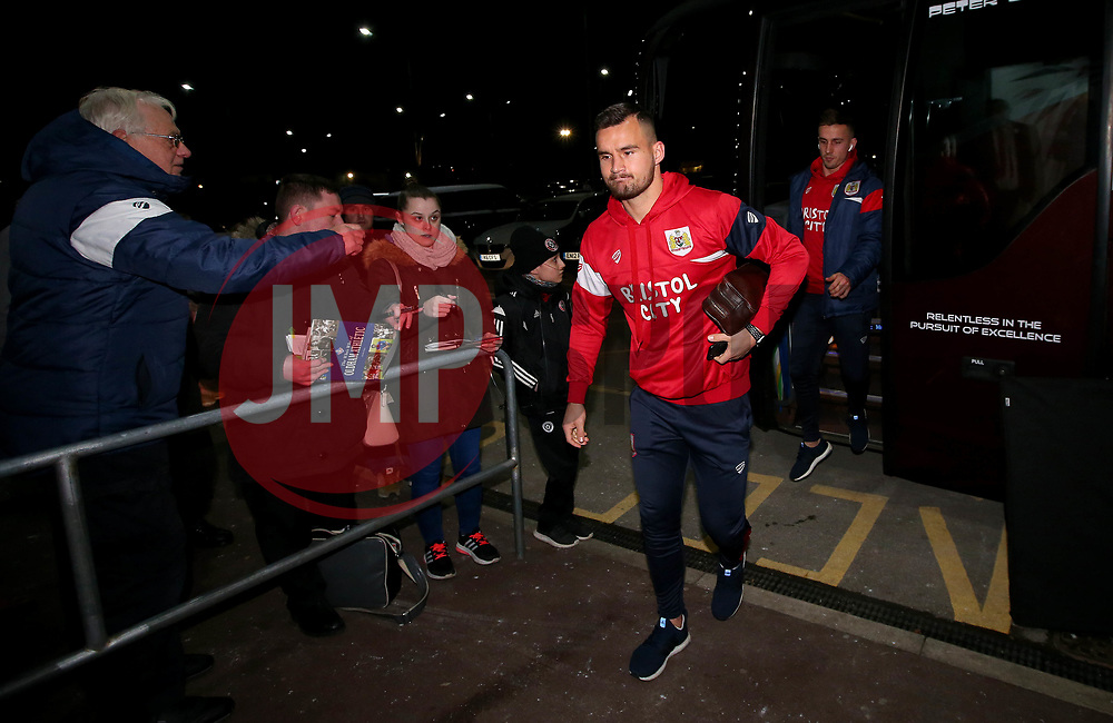 Bailey Wright of Bristol City arrives at Bramall Lane for the fixture against Sheffield United - Mandatory by-line: Robbie Stephenson/JMP - 08/12/2017 - FOOTBALL - Bramall Lane - Sheffield, England - Sheffield United v Bristol City - Sky Bet Championship