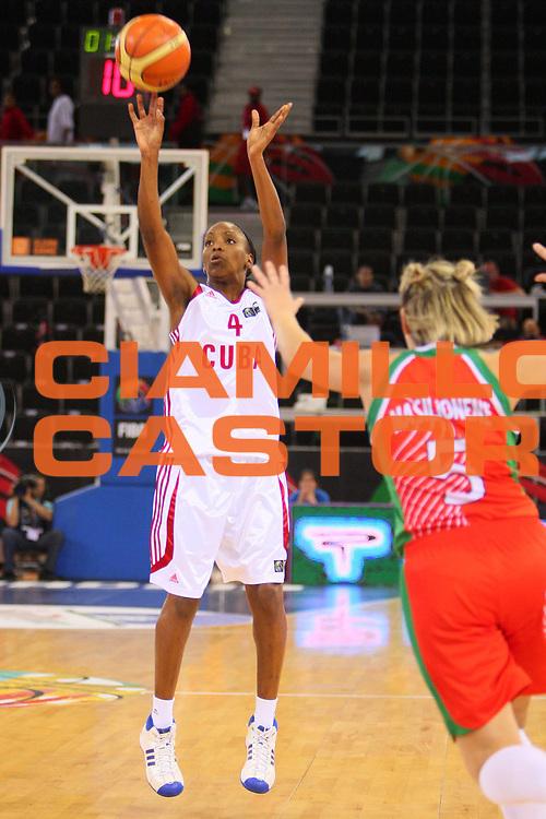 DESCRIZIONE : Madrid 2008 Fiba Olympic Qualifying Tournament For Women Cuba Belarus <br /> GIOCATORE : Arienys Romero <br /> SQUADRA : Cuba <br /> EVENTO : 2008 Fiba Olympic Qualifying Tournament For Women <br /> GARA : Cuba Belarus Bielorussia <br /> DATA : 10/06/2008 <br /> CATEGORIA : Tiro <br /> SPORT : Pallacanestro <br /> AUTORE : Agenzia Ciamillo-Castoria/S.Silvestri <br /> Galleria : 2008 Fiba Olympic Qualifying Tournament For Women <br /> Fotonotizia : Madrid 2008 Fiba Olympic Qualifying Tournament For Women Cuba Belarus <br /> Predefinita :