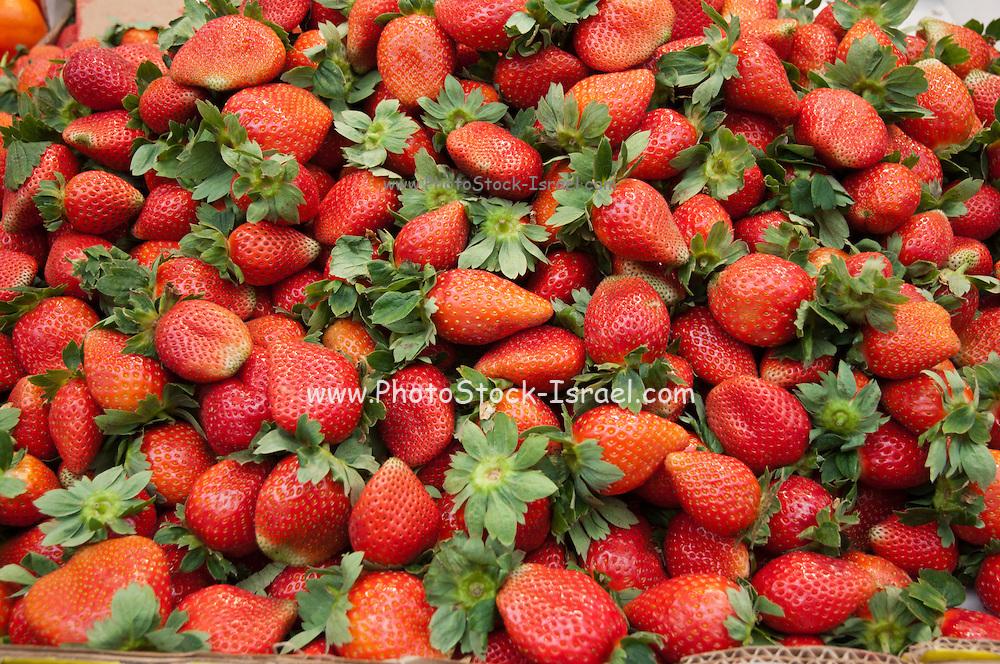 A pile of fresh ripe strawberries