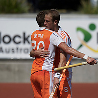 MELBOURNE - Champions Trophy men 2012<br /> Netherlands v New Zealand<br /> Nederland naar de halve finale<br /> foto: Billy Bakker bedankt Sander de Wijn voor de voorzet..<br /> FFU PRESS AGENCY COPYRIGHT FRANK UIJLENBROEK