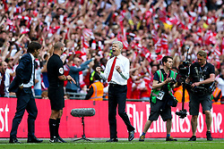 Arsenal manager Arsene Wenger celebrates at the final whistle after winning the match 2-1 to claim another FA Cup title - Rogan Thomson/JMP - 27/05/2017 - FOOTBALL - Wembley Stadium - London, England - Arsenal v Chelsea - FA Cup Final.