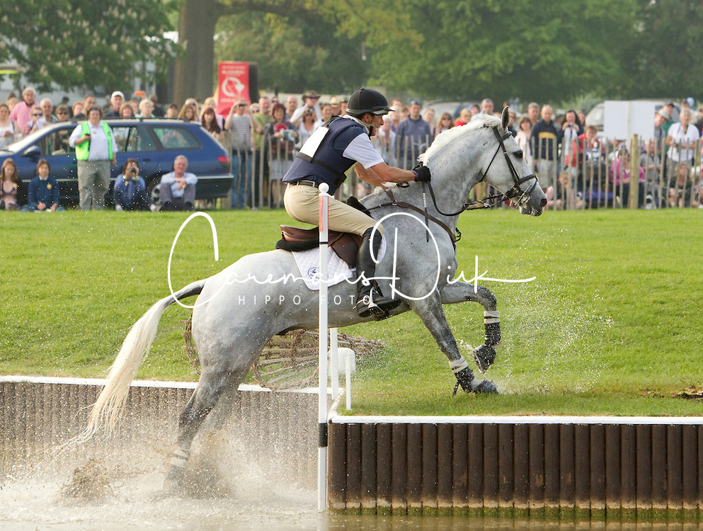 Todd Mark (GBR) - NZB Land Vision<br /> CIC4* Badminton 2011<br /> &copy; Hippo Foto - Cealy Tetly