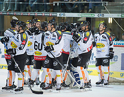 09.10.2015, Keine Sorgen Eisarena, Linz, AUT, EBEL, EHC Liwest Black Wings Linz vs Dornbirner Eishockey Club, 9. Runde, im Bild Dornbirn feiert in Linz // during the Erste Bank Icehockey League 9th round match between EHC Liwest Black Wings Linz and Dornbirner Eishockey Club at the Keine Sorgen Icearena, Linz, Austria on 2015/10/09. EXPA Pictures © 2015, PhotoCredit: EXPA/ Reinhard Eisenbauer