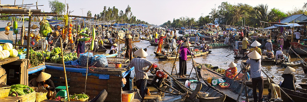 Vietnam Images-landscape-floating market in mekong delta work daily and become a destination for travel and tourist.