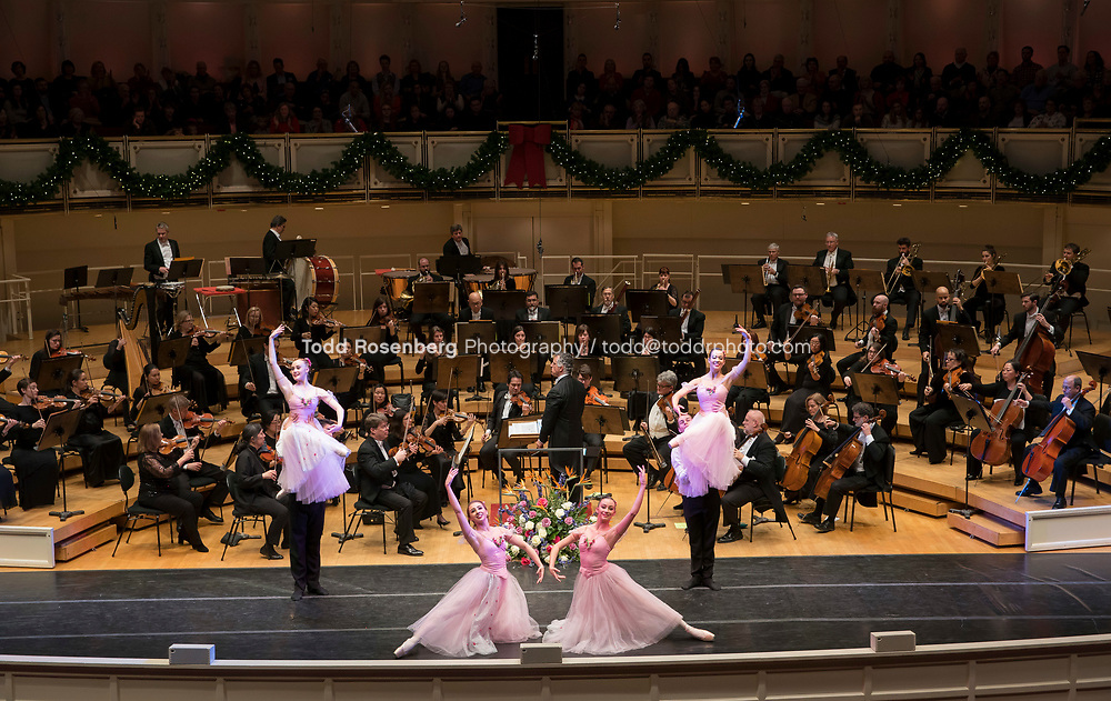 12/30/17 3:59:39 PM -- Chicago, IL, USA<br /> Attila Glatz Concert Productions' &quot;A Salute to Vienna&quot; at Orchestra Hall in Symphony Center. Featuring the Chicago Philharmonic <br /> <br /> &copy; Todd Rosenberg Photography 2017