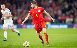 CARDIFF, WALES - Tuesday, November 19, 2019: Wales' Ben Davies during the final UEFA Euro 2020 Qualifying Group E match between Wales and Hungary at the Cardiff City Stadium. (Pic by Laura Malkin/Propaganda)