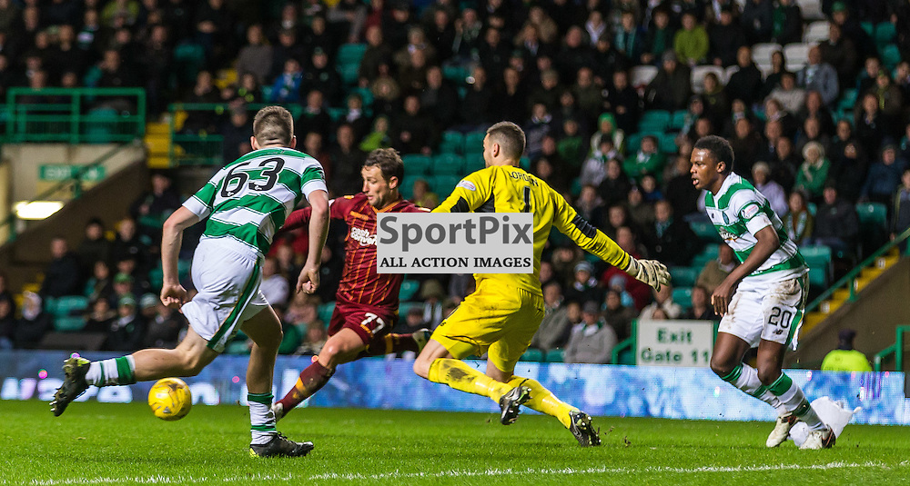 Craig Gordon saves from Scott McDonald during the match between Celtic and Motherwell (c) ROSS EAGLESHAM | Sportpix.co.uk