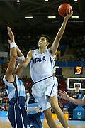 ATENE, 23 AGOSTO 2004<br /> OLIMPIADI ATENE 2004<br /> BASKET<br /> ITALIA - ARGENTINA<br /> NELLA FOTO: LUCA GARRI<br /> FOTO CIAMILLO