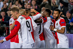 17-10-2017 NED, UEFA CL, Feyenoord - FC Shakhtar Donetsk, Rotterdam<br /> UEFA Champions League Round of 16, 3rd Leg match between Feyenoord vs. Donetsk at the stadion DE Kuip in Rotterdam / Steven Berghuis #19 scoort de 1-0, rechts Tonny Vilna #10, Nicolai Jorgensen #9
