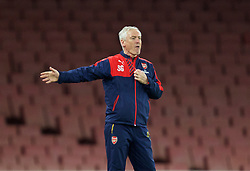 LONDON, ENGLAND - Friday, March 4, 2016: Arsenal's Under-21's head coach Steve Gatting during the FA Youth Cup 6th Round match against Liverpool at the Emirates Stadium. (Pic by Paul Marriott/Propaganda)