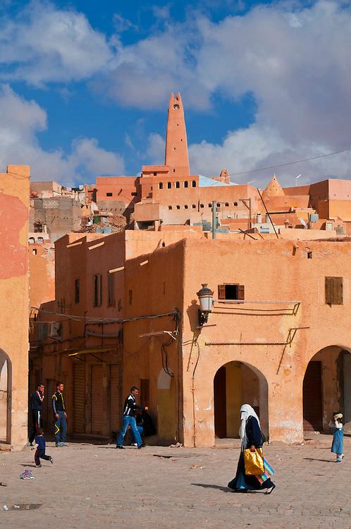 Der schöne Dorfplatz von Ghardaia