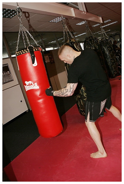 Jimmy Wallhead shoot for BAMMA / Lonsdale. Muscle & Fitness. 25-1-2012...