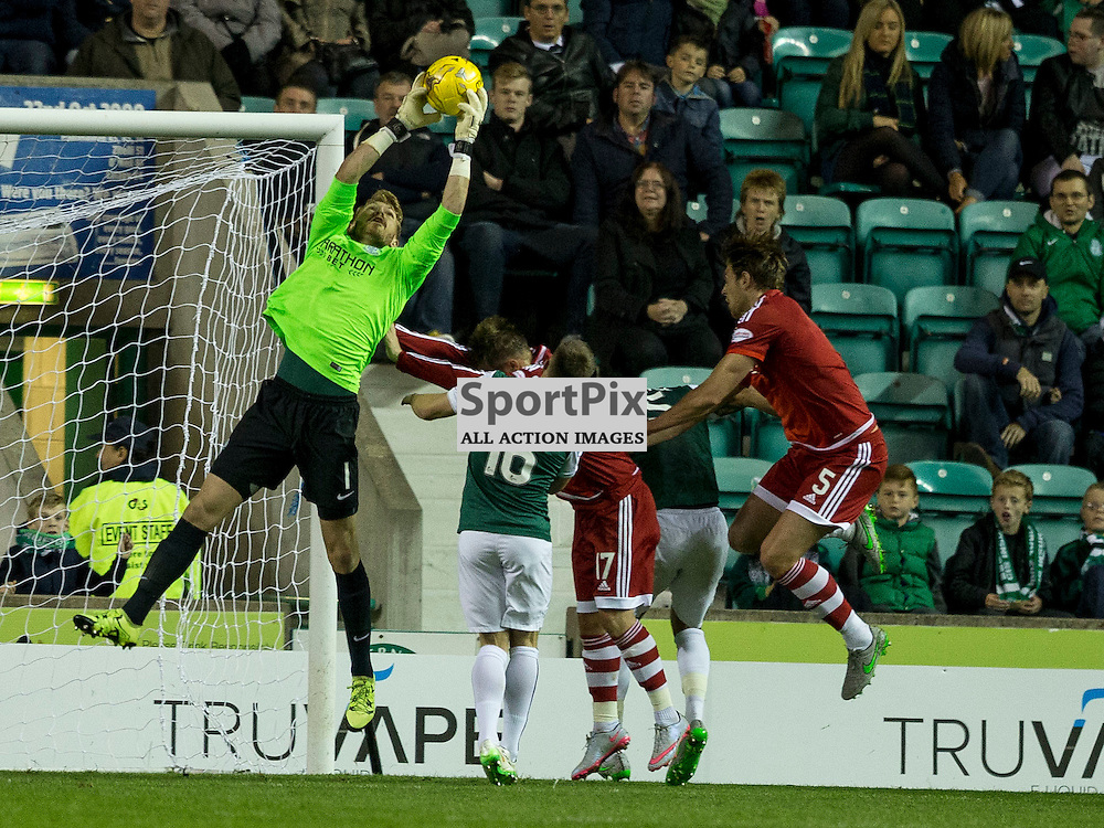 Hibernian FC v Aberdeen FC<br /> <br /> Mark Oxley (Hibernian) during the Scottish League Cup clash between Hibernian and Aberdeen FC at Easter Road Stadium on 23 September 2015.<br /> <br /> <br /> Picture Alan Rennie.