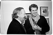 Bertie Hope-Davies and Mario Testino. Abstract Art exhibition. Albermarle Gallery. 12 January 1988. © Copyright Photograph by Dafydd Jones 66 Stockwell Park Rd. London SW9 0DA Tel 020 7733 0108 www.dafjones.com