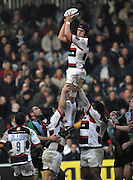 Twickenham, GREAT BRITAIN, Saracens Ben SKIRVING, looks to pass the ball after winning the unopposed line out ball, during the Guinness Premiership game Harlequins [Quins] vs Saracens at the Stoop, Middx, 22/12/2007 [Mandatory Credit Peter Spurrier/Intersport Images]