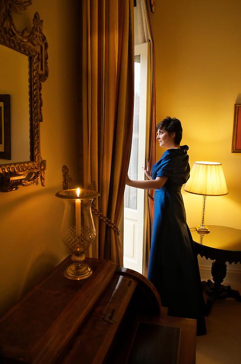 Espido Freire, escritora, en el hotel Orfila con vestidos de Jesus del Pozo.<br /> Madrid, España.