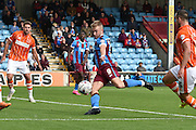 *Paddy Madden has a shot at goal during the Sky Bet League 1 match between Scunthorpe United and Blackpool at Glanford Park, Scunthorpe, England on 5 September 2015. Photo by Ian Lyall.