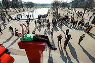 Nederland, Amsterdam, 10 maart 2016<br /> Museumplein Amsterdam met het Iamsterdam logo waar toeristen graag foto's van elkaar maken en op klimmen.<br />  <br /> Foto (c) Michiel Wijnbergh