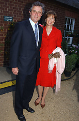 VISCOUNT & VISCOUNTESS ASTOR at the annual Cartier Flower Show Diner held at The Physics Garden, Chelsea, London on 23rd May 2005.<br />