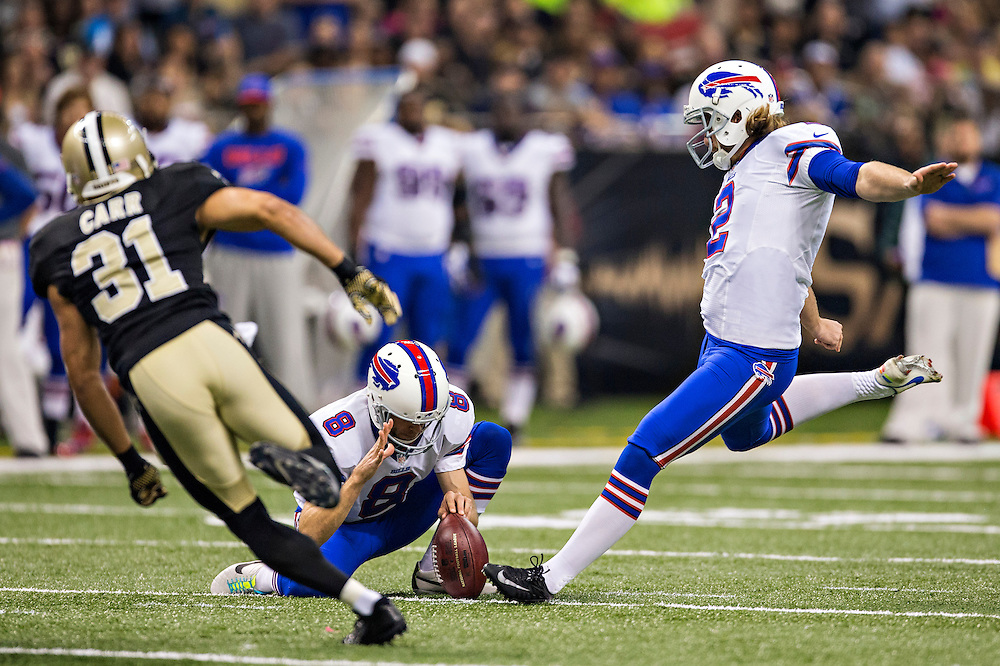 NEW ORLEANS, LA - OCTOBER 27:  Dan Carpenter #2 of the Buffalo Bills kicks a field goal against the New Orleans Saints at Mercedes-Benz Superdome on October 27, 2013 in New Orleans, Louisiana.  The Saints defeated the Bills 35-14.  (Photo by Wesley Hitt/Getty Images) *** Local Caption *** Dan Carpenter