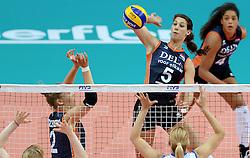 01-10-2014 ITA: World Championship Volleyball Servie - Nederland, Verona<br /> Nederland verliest met 3-0 van Servie em is uitgeschakeld voor de final 6 / Robin de Kruijf