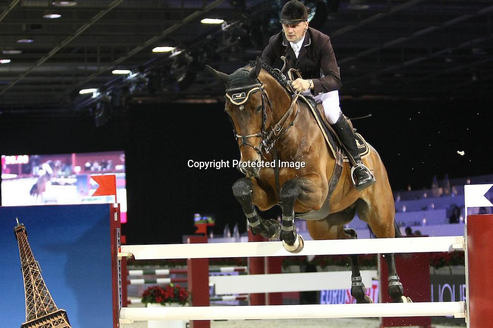 Equitation : Gucci Masters - 03.12.2010 - Prix Le Figaro CSI5 - Jerome Hurel (FRA/sur HOM de Ponthual) *** Local Caption *** 00042820