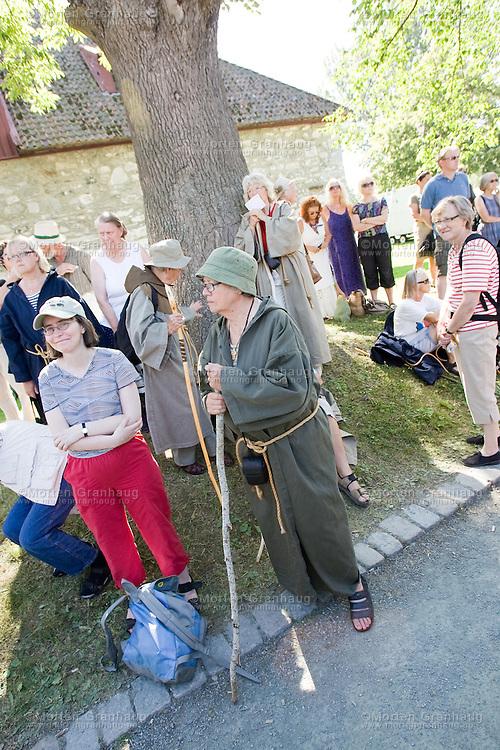 The St Olavs Festival is Norways largest church and culture festival. The festival is held every july in Trondheim, Norway...Olavsfestdagene i Trondheim er norges største kirke- og kulturfestival. Olavsfestdagene arrangeres i juli hvert år.