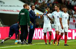 England Manager Gareth Southgate speaks to his players - Mandatory by-line: Robbie Stephenson/JMP - 05/10/2017 - FOOTBALL - Wembley Stadium - London, United Kingdom - England v Slovenia - World Cup qualifier