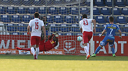20.05.2016, FAC Platz, Wien, AUT, 2. FBL, FAC Wien vs FC Liefering, 35. Runde, im Bild Lawrence Ati (FC Liefering), Patrick Haas (FAC Wien) // during Austrian Football Second Bundesliga Match, 35th round, between FAC Wien and FC Liefering at the Sportplatz FAC, Vienna, Austria on 2016/05/20. EXPA Pictures © 2016, PhotoCredit: EXPA/ Alexander Forst