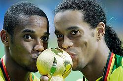 FRANKFURT GERMANY CONFEDERATIONS CUP FINAL  BRAZIL V ARGENTINA  (4-1) 29/06/05.RONALDINHO  AND ROBINHO KISS WINNERS TROPHY.