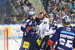 01.03.2019, O2 World, Berlin, GER, DEL, Eisbaeren Berlin vs Koelner Haie, 52. Runde, im Bild v.l. Constantin Braun - Eisbaeren, Ben Hanowski #86 - Haie // during the DEL 52th round match between Eisbaeren Berlin and Koelner Haie at the O2 World in Berlin, Germany on 2019/03/01. EXPA Pictures © 2019, PhotoCredit: EXPA/ Eibner-Pressefoto/ Uwe Koch<br /> <br /> *****ATTENTION - OUT of GER*****