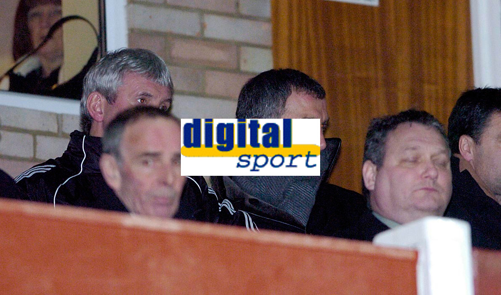 Photo: Leigh Quinnell.<br /> Cheltenham Town v Colchester United. LDV Vans Trophy.<br /> 24/01/2006. Newcastle manager Graham Souness watches the match.