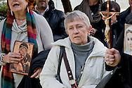 """Roma 17 Febbraio 2014<br />  Preghiera di protesta, di Militia Christi e dei Papaboys, contro l'esibizione del cantante  americano Rufus WainWright sul palco dell'Ariston al festival di San Remo, davanti alla Sede Rai di Viale Mazzini. I manifestanti  accusano il  cantatante americano di essere """"blasfemo"""" per la sua canzone """"Gay Messiah"""", dove annuncia l'arrivo di un messia omosessuale.<br /> Rome, February 17, 2014<br /> Prayer protest  of Militia Christi and Papaboys  against the performance of American singer Rufus Wainwright on the stage of the Festival of San Remo, in front of the Rai headquarters in Viale Mazzini. The protesters accuse the American cantatante to be """" blasphemous"""" for his song """" Gay Messiah"""" , which announces the arrival of a messiah homosexual."""