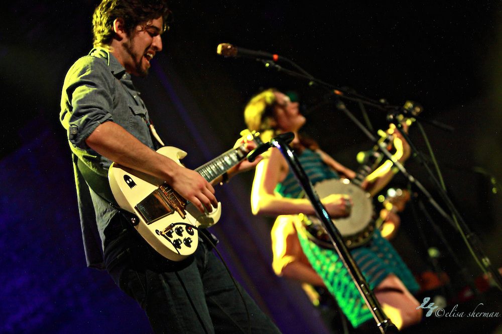 "honeyhoney perform April 29th, 2012 on the ""Billy Jack"" tour at the Neptune Theatre in Seattle, Washington"