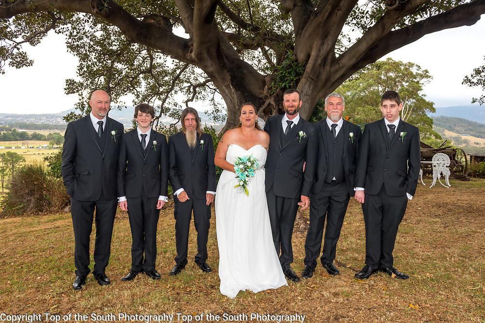 Alicia & Michael were married in Dapto 22-10-2017