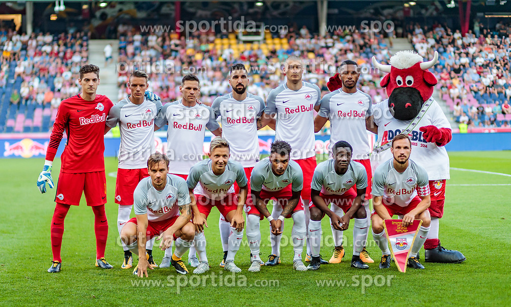19.07.2017, Red Bull Arena, Salzburg, AUT, UEFA CL, FC Salzburg vs Hibernians FC, Qualifikation, 2. Runde, Rückspiel, im Bild Teamfoto - h.r. vl.: Cican Stankovic (FC Red Bull Salzburg), Hannes Wolf (FC Red Bull Salzburg), Christoph Leitgeb (FC Red Bull Salzburg), Munas Dabbur (FC Red Bull Salzburg), Duje Caleta-Car (FC Red Bull Salzburg), Paulo Miranda (FC Red Bull Salzburg), Fredrik Gulbrandsen (FC Red Bull Salzburg), Marc Rzatkowski (FC Red Bull Salzburg), Valentino Lazaro (FC Red Bull Salzburg), Diadie Samassekou (FC Red Bull Salzburg), Andreas Ulmer (FC Red Bull Salzburg) // during the UEFA Championsleague Qualifier 2nd round, 2nd leg match between FC Salzburg and Hibernians FC at the Red Bull Arena in Salzburg, Austria on 2017/07/19. EXPA Pictures © 2017, PhotoCredit: EXPA/ JFK