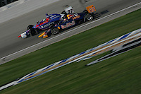 Patrick Carpentier and Dario Franchitti race at the Chicagoland Speedway, September 11, 2005