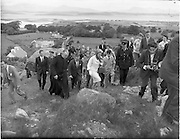 15/06/1961<br /> 06/15/1961<br /> 15 June 1961<br /> Royal Visit to Ireland by Princess Grace and Prince Rainier of Monaco. The royal couple at Westport, Co. Mayo.<br /> The Royal couple climbed Croagh Patrick.