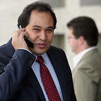 Queretaro, Qro.- El gobernador del estado de Michoacan, Lazaro Cardenas Batel a su llegada a la I Convencion nacional Hacendaria en la ciudad de Queretaro el 5 de Febrero de 2004. Agencia MVT / Mario Vazquez de la Torre.