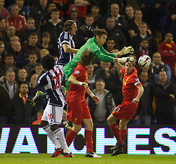 26.09.2012, The Hawthorns, West Bromwich, ENG, Capital One Cup, West Bromwich Albion vs FC Liverpool, im Bild Liverpool's goalkeeper Brad Jones is fouled by West Bromwich Albion's Jonas Olsson in the build up to the opening goal during the 3rd Round Match of Capital One Cup between West Bromwich Albion vs Liverpool FC at the Hawthorns, West Bromwich, United Kingdom on 2012/09/26. EXPA Pictures © 2012, PhotoCredit: EXPA/ Propagandaphoto/ David Rawcliff..***** ATTENTION - OUT OF ENG, GBR, UK *****