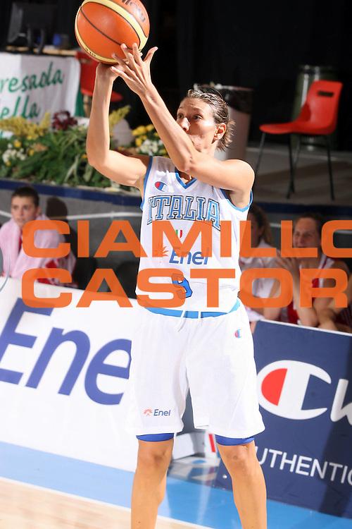 DESCRIZIONE : Bormio Torneo Preparazione Europei Nazionale Femminile 2007 Italia Turchia<br />GIOCATORE : Francesca Modica<br />SQUADRA : Nazionale Italia Donne<br />EVENTO : Bormio Torneo Preparazione Europei Nazionale Femminile 2007<br />GARA : Italia Turchia<br />DATA : 13/08/2007<br />CATEGORIA : Tiro<br />SPORT : Pallacanestro<br />AUTORE : Agenzia Ciamillo-Castoria/G.Ciamillo