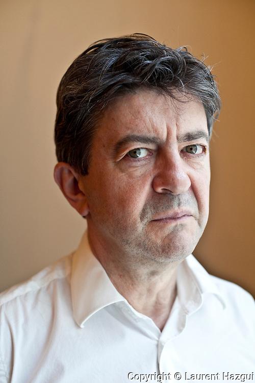 12072010. Paris. Portrait de Jean-Luc Melenchon dans les bureaux du parti de gauche.