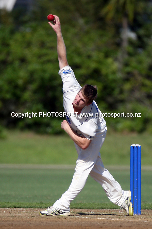 Jimmy Neesham bowling, Plunket Shield, 4 day domestic cricket. Auckland Aces v Wellington Firebirds, Colin Maiden Park, Auckland. 22 March 2011. Photo: William Booth/photosport.co.nz